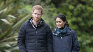 Prinz Harry & Meghan Markle verwenden immer noch ihr königliches Monogramm - hier ist der Grund