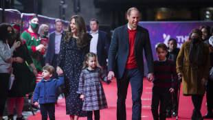 Prinz William und Herzogin Kate zusammen mit ihren Kindern