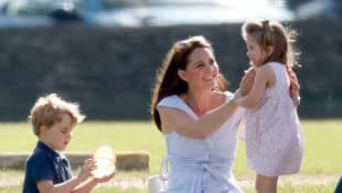 Prinz George, Herzogin Kate, Prinzessin Charlotte