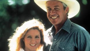 Steve Kanaly und Priscilla Presley