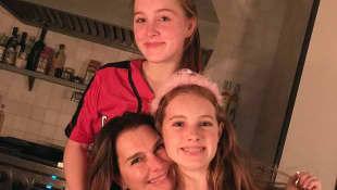 Brooke Shields und Töchter