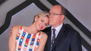 Charlène und Fürst Albert von Monaco zeigten sich beim Formel-1 Rennen in Feierlaune