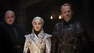 "Conleth Hill, Emilia Clarke und Iain Glen in der achten Staffel ""Game of Thrones"""