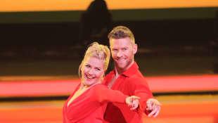 """Dancing on Ice"": Aleksandra Bechtel und Matti Landgraf"