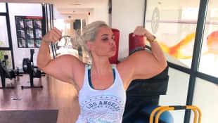 Daniela Katzenberger Bizeps Muskeln