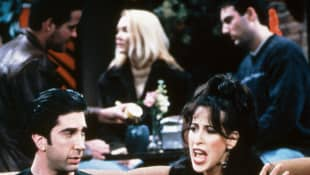 """David Schwimmer und Maggie Wheeler in """"Friends"""""""