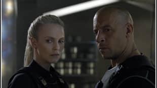 Vin Diesel und Charlize Theron am Set von Fast & Furious 8