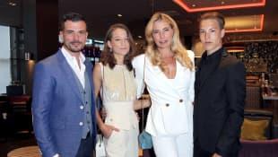 Ludwig Heer, Mia, Giulia Siegel und Nathan
