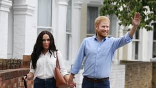 Das Double-Paar von Herzogin Meghan und Prinz Harry in London unterwegs