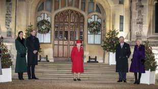 Herzogin Kate, Prinz William, Königin Elisabeth II., Prinz Charles und Herzogin Camilla