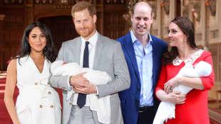 Herzogin Meghan und Herzogin Kate kurz nach der Geburt