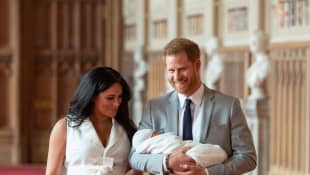 Prinz Harry Herzogin Meghan Baby Sussex Bilder Fotos