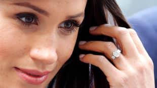 Herzogin Meghan bekam von ihrem Harry zur Verlobung einen wunderschönen Ring