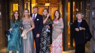 Niederländische Königsfamilie in Amsterdam