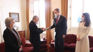 Königin Letizia und König Felipe übergeben einen Literaturpreis