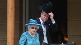 Königin Elisabeth und Prinz William