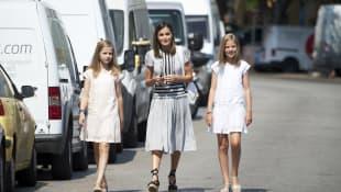 Königin Letizia und ihre Töchter