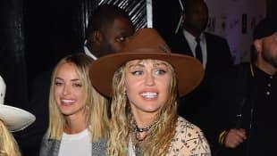 Kaitlynn Carter und Miley Cyrus in New York im August 2019