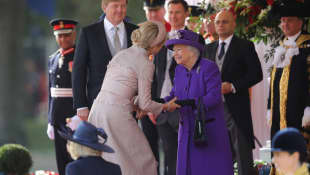 Königin Máxima und Königin Elisabeth II. London