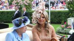 Königin Elisabeth und Königin Máxima beim Pferderennen in Ascot 2019