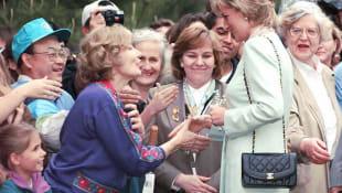 Lady Diana mit einer Chanel-Tasche