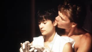 """Demi Moore and Patrick Swayze as """"Molly Jensen"""" and """"Sam Wheat"""" in Ghost"""