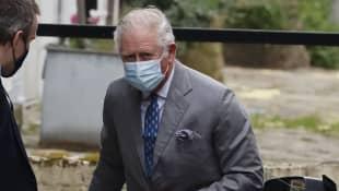 Prinz Charles besucht seinen Vater Prinz Philip im Krankenhaus 2021