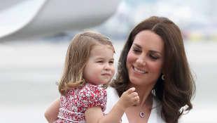 Prinzessin Charlotte mit Herzogin Kate