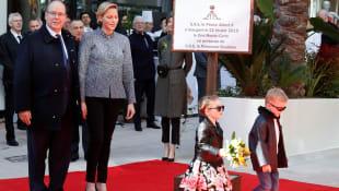 Fürst Albert II., Fürstin Charlène, Prinzessin Gabriella und Prinz Jacques