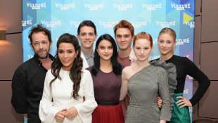 """""""Riverdale"""" feiert derzeit weltweite Erfolge und gehört zu den beliebtesten Serien überhaupt"""