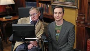 Stephen Hawking und Jim Parsons