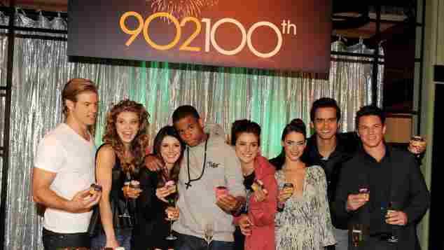 """Die """"90210""""-Stars: Trevor Donovan, AnnaLynne McCord, Shenae Grimes, Tristan Wilds, Jessica Stroup, Jessica Lowndes, Michael Steger und Matt Lanter"""