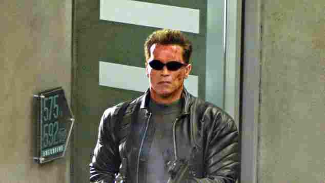 "Arnold Schwarzenegger als ""Terminator"""