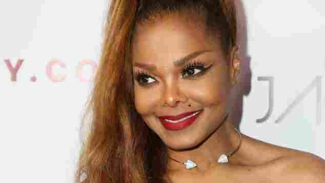 Janet Jackson ist nach ihrer Schwangerschaft wieder zurück