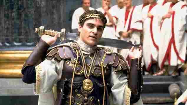"""Joaquin Phoenix als """"Commodus"""" in """"Gladiator""""."""