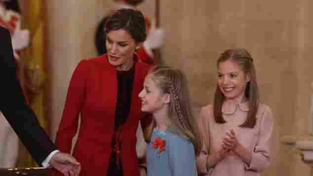 Königin Letizia, Prinzessin Leonor und Prinzessin Sofia bei der Verleihung des Orden des goldenen Vlies