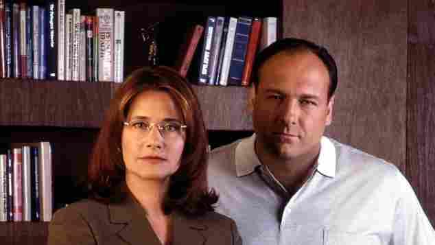"Lorraine Bracco und James Gandolfini in ""Sopranos"""