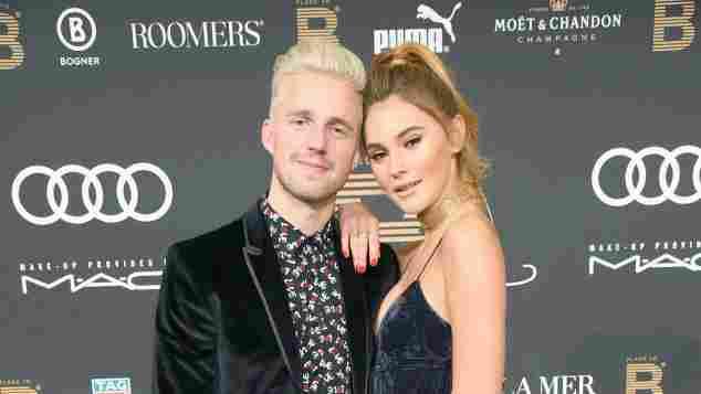 Stefanie Giesinger und Marcus Butler zeigen sich total verliebt beim Place To B Influencer Award