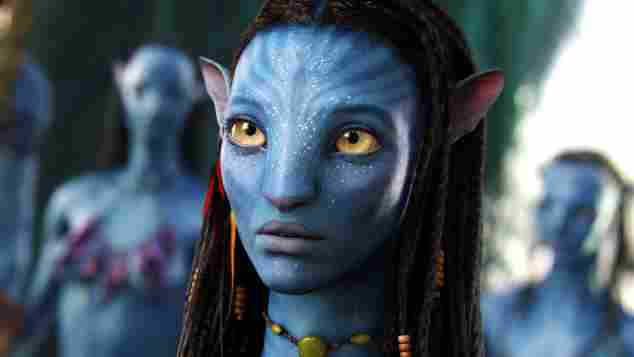 "Zoe Saldana in ""Avatar"" sexy"
