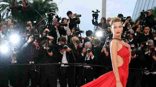 Bella Hadid in Roberto Cavalli bei den Filmfestspielen in Cannes