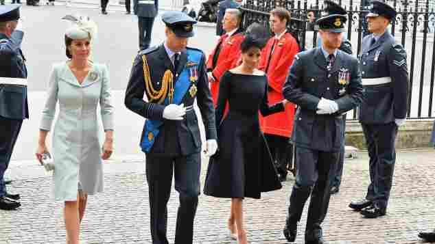 Herzogin Kate, Prinz William, Herzogin Meghan und Prinz Harry bei der Jubiläumsfeier der Royal Air Force im Juli 2018