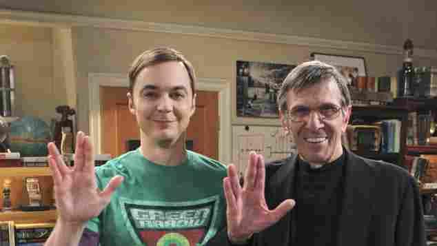 "Jim Parsons und Leonard Nimoy bei ""The Big Bang Theory"" Mr. Spock und Sheldon Cooper"