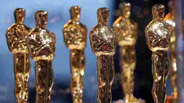 Oscars Oscar Statue