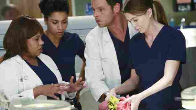 Greys Anatomy Chandra Wilson Kelly McCreary Justin Chambers Ellen Pompeo