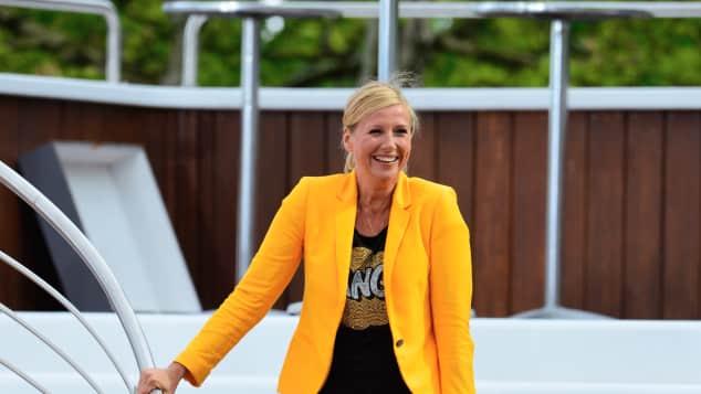 """Andrea Kiewel moderiert den """"Fernsehgarten"""""""