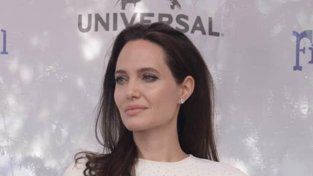 Angelina Jolie erklärt Fauxpas auf dem roten Teppich