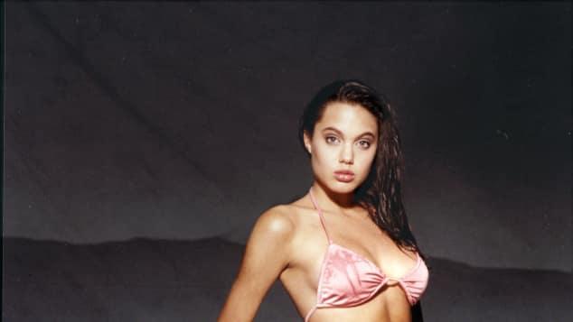 Angelina Jolie im Alter von 16 Jahren