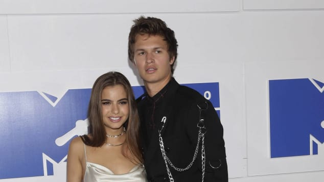 Ansel Elgort und Violetta sind ein perfektes Paar