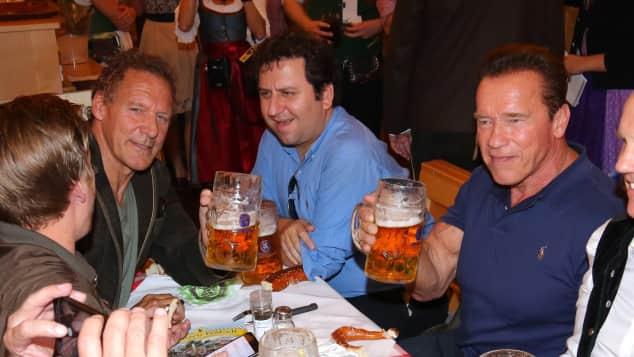 Arnold Schwarzenegger und Ralf Moeller waren gemeinsam auf dem Oktoberfest