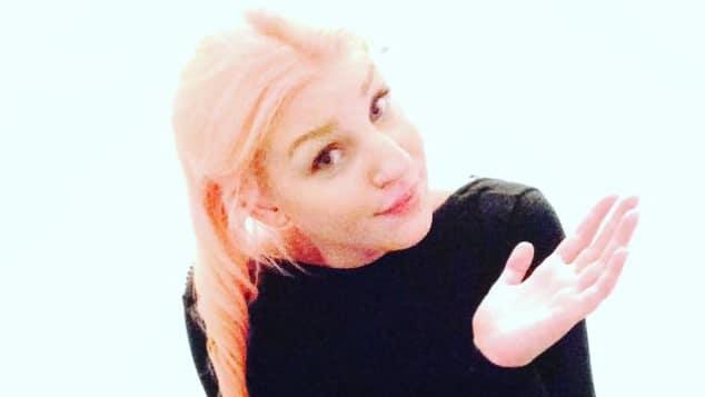 BTN-Paula hat wieder pinke Haare